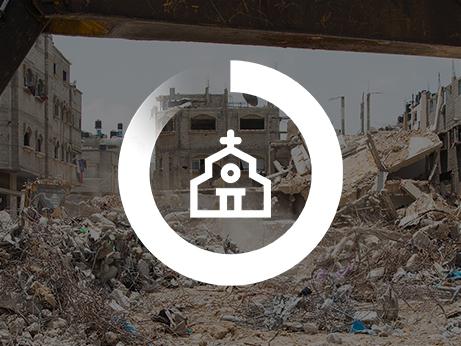 Ikon på kyrka ovanpå en sönderbombad stadsdel i Gaza