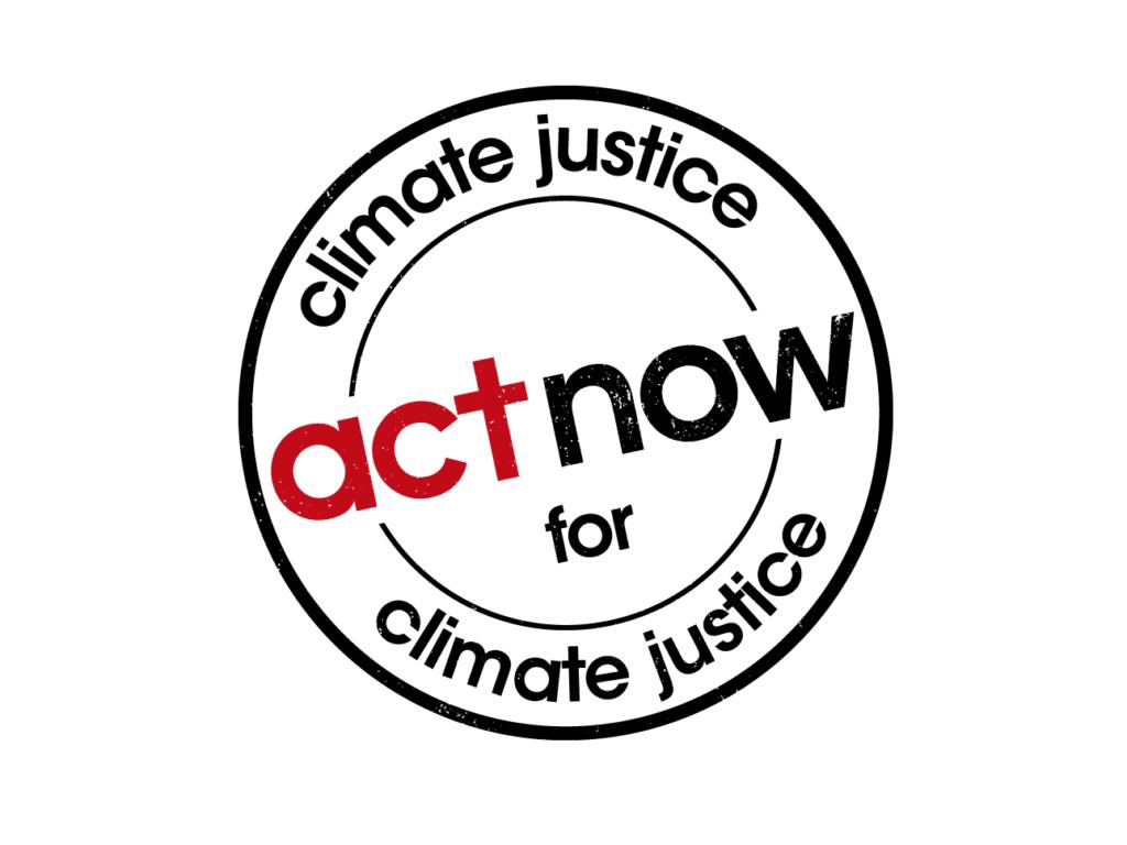 """En bild av logon för kampanjen för klimaträttvisa. Det står """"Act now for climate justice"""" i en cirkel"""